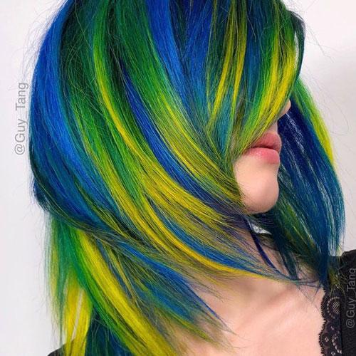 رنگ مو هایلایت آبی روی رنگ مو زرد پاییزی